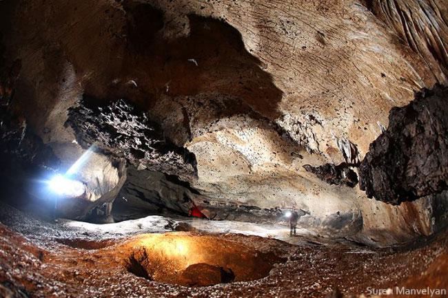 Azokh-Cave