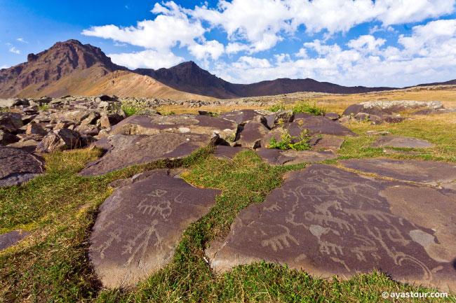 ughtasar-petroglyphs