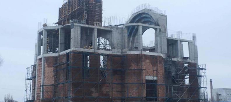 Католикос Всех Армян Гарегин II освятил фундамент армянского храма в Киеве