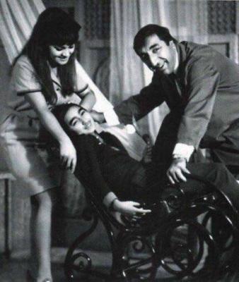 Мгер Мкртчян с женой Донарой и дочерью Нунэ