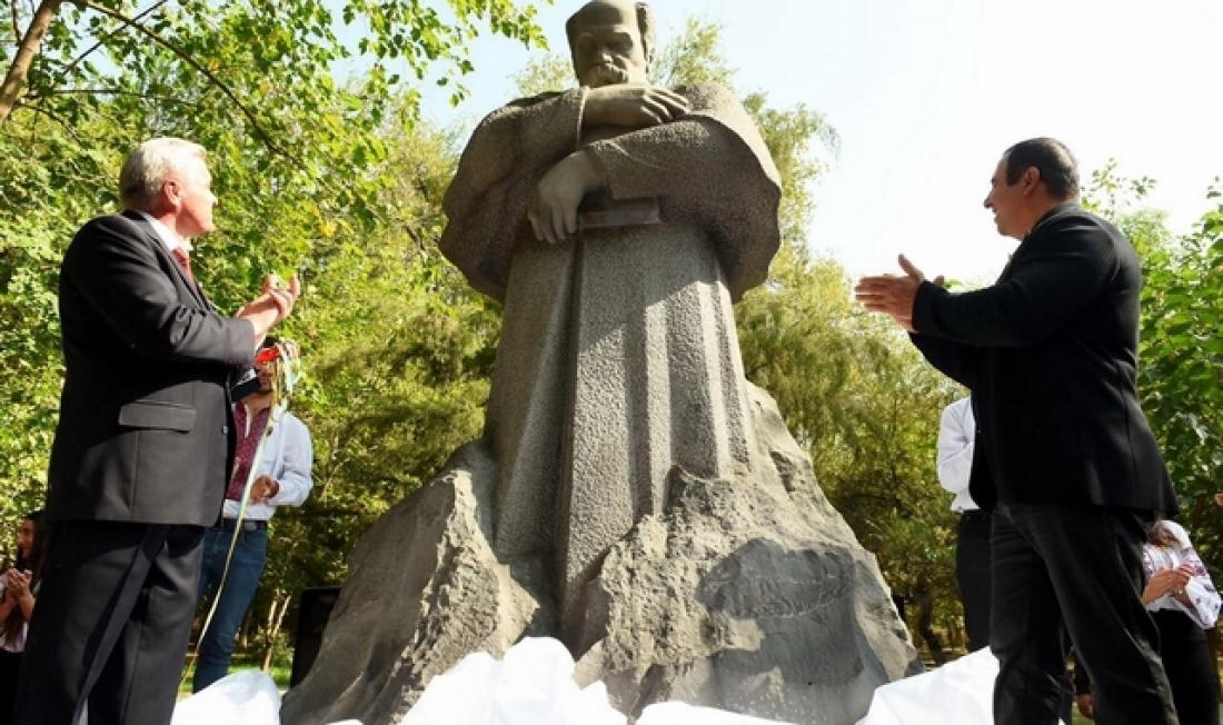В Армении открыли памятник Тарасу Шевченко